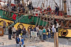 aan-de-kade BREST 2012 dans Ferien in Bretagne